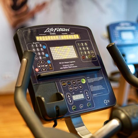 Fitnessraum Hometrainer Panel Fitnesscenter